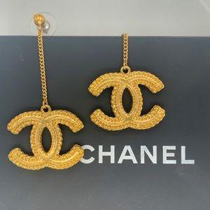 CHANEL Baroque Dangle Earrings ✨